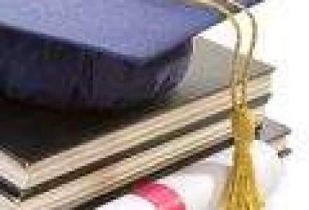 Tinerii absolventi se intorc pe Wall Street