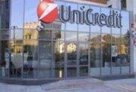 UniCredit, afectat de problemele financiare din Grecia si Dubai?