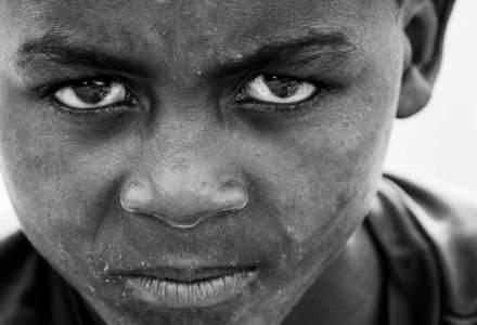 Gruparea Boko Haram ar folosi copiii pe care ii rapeste pentru a comite atentate sinucigase