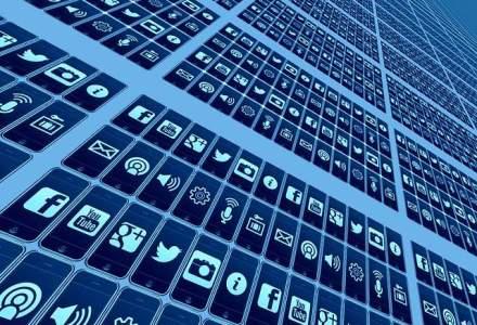 Al Treilea Razboi Mondial: hackerii au preluat vineri controlul mai multor conturi de Twitter ale media