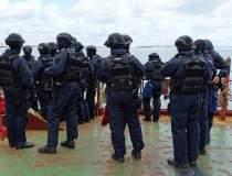 Politia il cauta pe liderul...