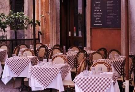 Cu ce iti faci astazi un restaurant: o idee buna, rumegus pe jos si un zambet cu care sa fidelizezi clientii