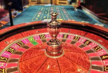 """Peste un milion de romani isi incearca norocul la """"cazino"""": care este cel mai popular joc"""