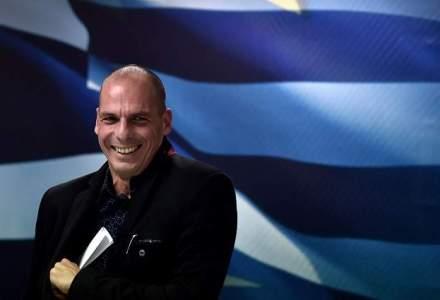 De la economia Counter-Strike si Dota, la sefia econonomiei Greciei. Cine este de fapt marxistul Yanis Varoufakis?