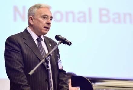 Isarescu: Romania iese pe pietele externe in februarie-martie; conversia CHF ar putea creste CDS