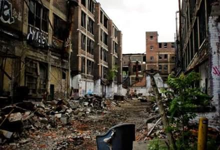 James Robertson, un locuitor din Detroit, a facut 270.000 $ din mersul pe jos la slujba in fiecare zi