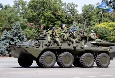 Conflictele din Ucraina, accelereaza: Kerry, Hollande si Merkel, la Kiev joi