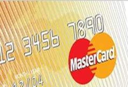 Card cu cip si bonusuri in mile de zbor de la UniCredit Tiriac