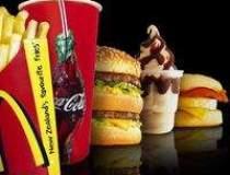 Scenariu: Taxa pe fast-food...