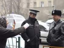Mitingul politistilor locali:...