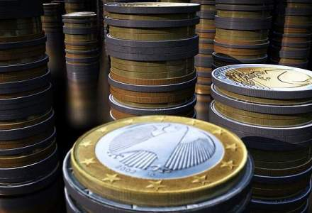 Cursul euro a scazut cu 0,69 bani