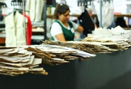 In vizita la fabrica Formens din Botosani, locul de unde pleaca sute de mii de costume in Europa