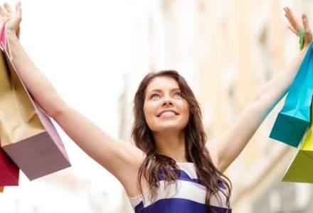Angajatele, mai fericite: companiile ofera cu 50% mai multe tichete cadou de 8 Martie