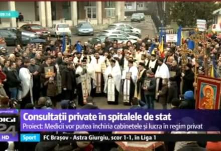 O armata de preoti si parinti au tinut un mars pentru ora de religie la Suceava [VIDEO]