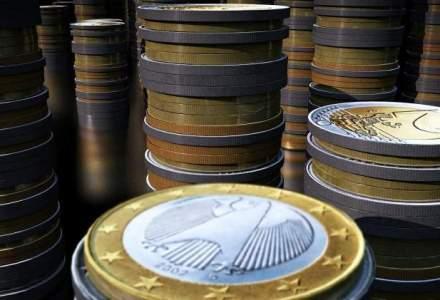 Rezervele valutare ale BNR au scazut in februarie, la 30,48 miliarde euro