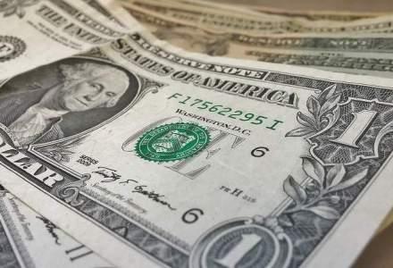 Crestere neintrerupta a dolarului: moneda americana bate un nou maxim