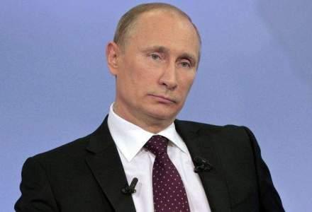 Kremlinul anunta ca Vladimir Putin se va intalni luni cu presedintele kirgiz