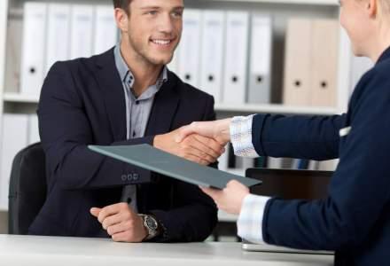 9 intrebari cu care sa-l impresionezi pe angajator la interviu