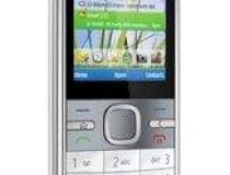 Nokia lanseaza un smartphone...