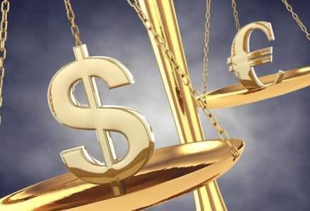 Euro a crescut cu 0,7 bani, iar dolarul ii calca pe urme