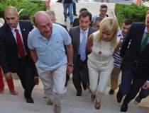 Traian Basescu, huiduit la...