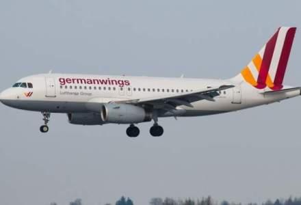 Pilotul avionului Germanwings a incercat sa forteze usa cabinei cu un topor