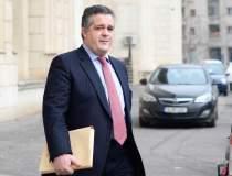 Ioannis Papalekas actioneaza...