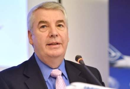 Christian Heinzmann, directorul general al Tarom, l-a demis pe Eduard Rosianu, directorul financiar, pe motiv ca a avut timp de un an contractul de munca nelegal
