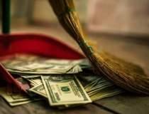 Rezervele valutare globale au...