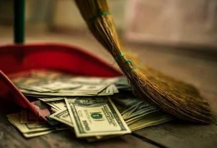 Rezervele valutare globale au scazut in 7 luni cu 600 mld. dolari