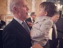 Imaginea zilei: Biden,...