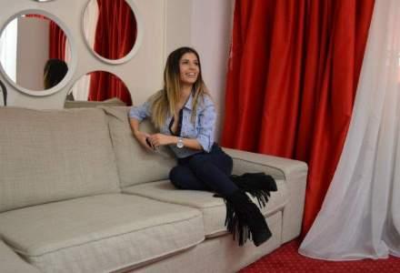 Video chat-ul, fara perdele: Reportaj la cel mai mare studio din Romania, alaturi de cel mai faimos model
