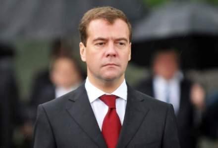 Dmitri Medvedev: Anexarea Crimeei a costat Rusia 25 miliarde euro in 2014, iar factura creste in continuare