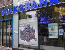 Clientii Volksbank pot merge...