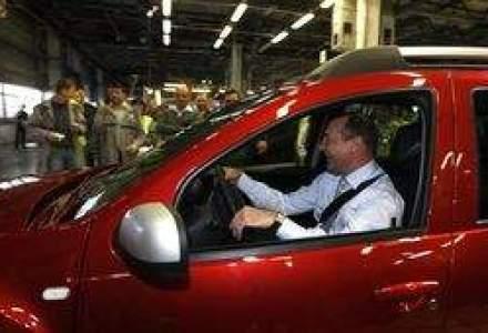Afla ce a spus Basescu despre SUV-ul Duster de culoare rosie, proprietate personala