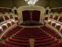 Perchezitii la Opera...