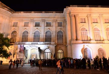 Noaptea Muzeelor: cozi de sute de persoane la unele muzee