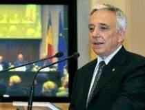 Isarescu critica zona euro si...
