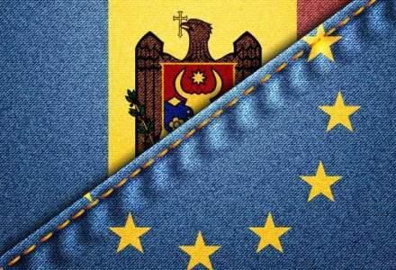 Fost diplomat american: Criza financiara din R. Moldova ameninta stabilitatea