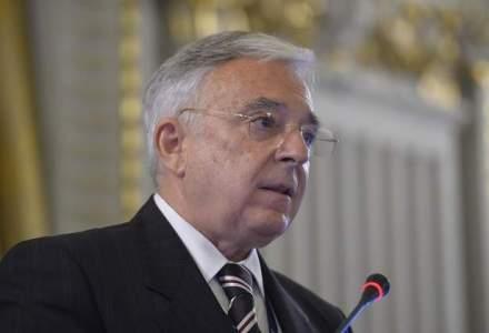 Mugur Isarescu: Cine va mai acorda credite, daca se pot rambursa in cladiri?