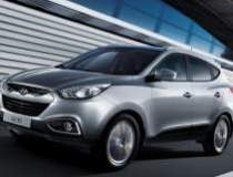 Hyundai castiga teren pe...