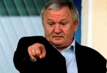 Fiscul i-a vandut tractoarele lui Adrian Porumboiu pentru 804.000 lei