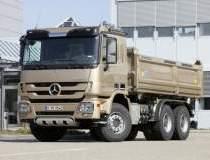 Mercedes-Benz aduce...