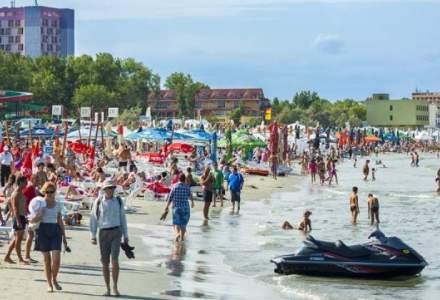 Sosirile in unitati turistice au crescut in primele 4 luni cu 13%