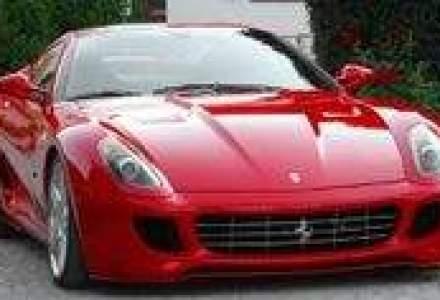 Ferrari, acuzata ca foloseste marketing subliminal pentru publicitate mascata la tigari