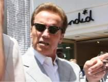 Schwarzenegger isi imprumuta...