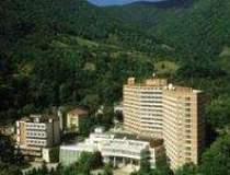 Doua hoteluri din Baile...