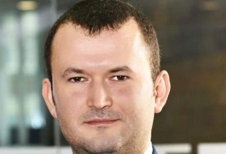 El a creat cea mai mare companie de software pentru turism din Romania. Nici macar nu are oameni de vanzari