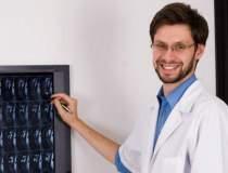 Medicul care a refuzat un...