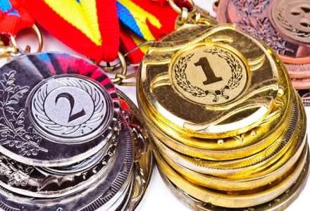 Succes pe toata linia la Olimpiada Internationala de Fizica 2015: cinci medalii si locul I in Europa